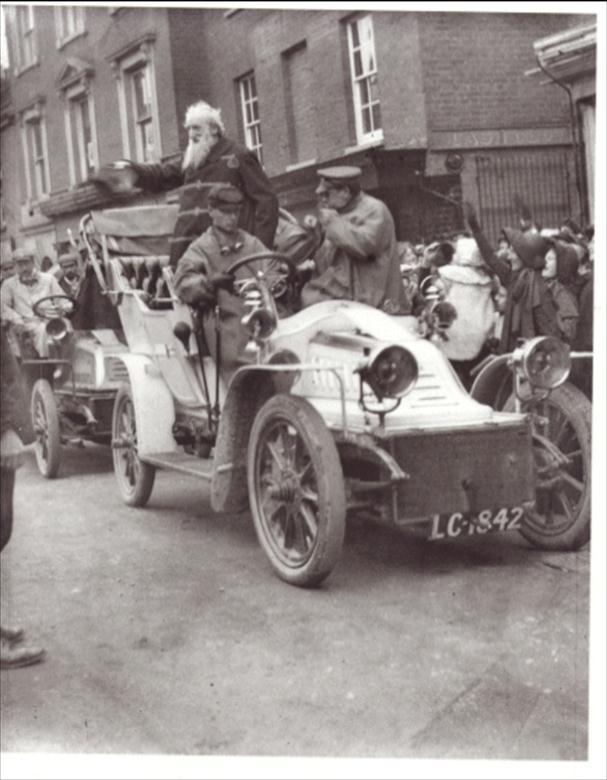 Photograph. General William Booth's Motorcade in North Walsham Market Place. (North Walsham Archive).