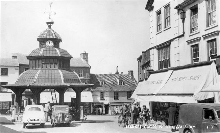 Photograph. North Walsham Market Cross. (North Walsham Archive).