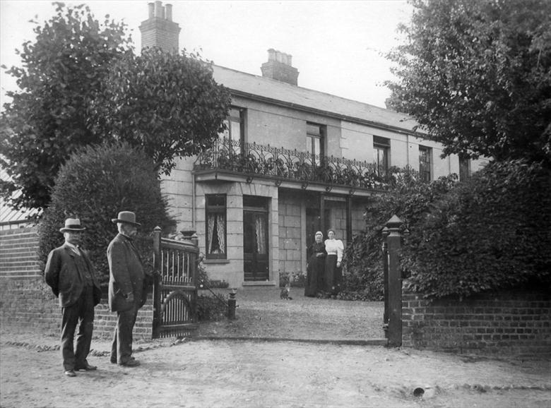 Photograph. Wellingtonia, 113 Mundesley Road, North Walsham before its use as a Red Cross Hospital during the First World War. (North Walsham Archive).